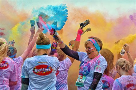 color run kc 6 colorful things to do in kansas city this weekend kcur