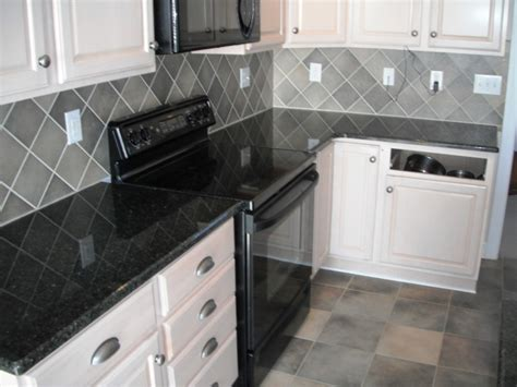 backsplash for black and white kitchen kristella grey belenco mutfak tegahı 9066