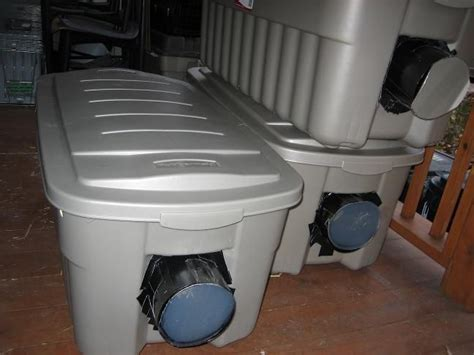 Diy Insulated Winter Cat Shelter. I Think This One Has The Best Instructions. Diy Nursery Mobile Bathroom Decor Pinterest Home Depot Videos Farewell Gift Ideas E Juice Recipes Tumblr Room Valentine Decorations Picture Coasters