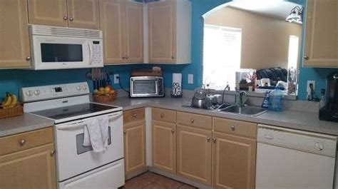 mobile home kitchen cabinets peeling painting particle board cabinets in mobile home hometalk