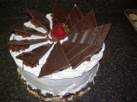 custom cakes flavors fillings frostings