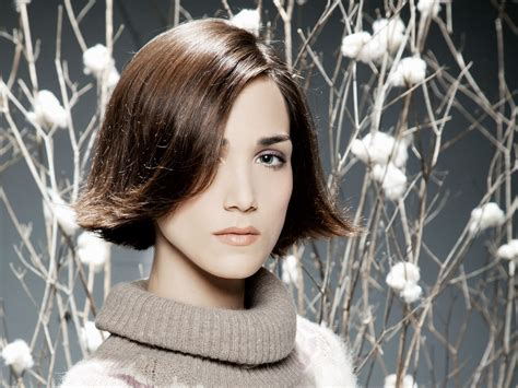 Preppy Chin Length Bob With Flipped Up Ends