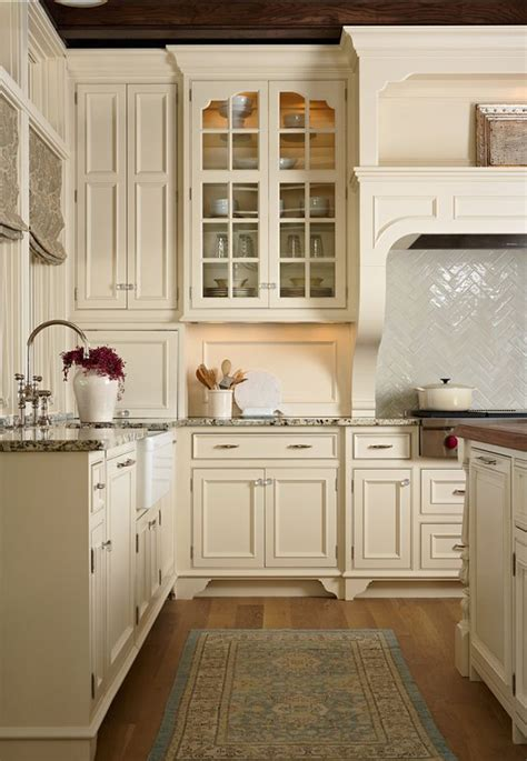 best warm white for kitchen cabinets 394 best images about tahoe remodel paint colors on