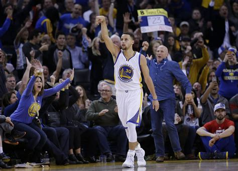Report: How Nike 'lost' Stephen Curry to Under Armour ...