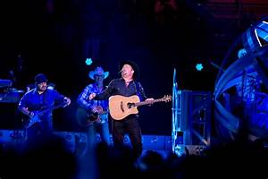 Garth Brooks Concert At Allegiant Stadium A Quick Sell Out