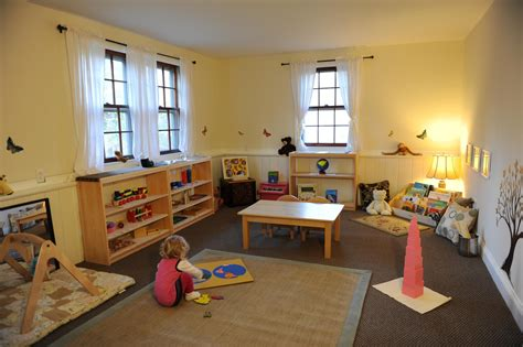 Kinderzimmer Gestalten Waldorf by Montessori Inspired Playroom Montessori Waldorf