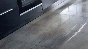 pvc lino vinyle zoom sur ces revetements de sol pour With remplacer carrelage par parquet
