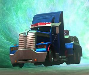 MYKLmecha - Transformers Prime Voyager Class Ultra Magnus ...