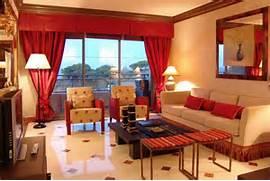 Warna Gorden Merah Kuning Biru Hijau Ruang Tamu Minimalis Desain Sofa Untuk Ruang Tamu Minimalis Terbaru Interior Ruang Tamu Rumah Minimalis Design Rumah Minimalis Model Ruangan Rumah Desain Rumah