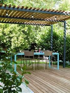 pergola metal terrasse bois et table de jardin design With amenagement entree exterieure maison 3 pergola aluminium auvent et sas dentree amenagement