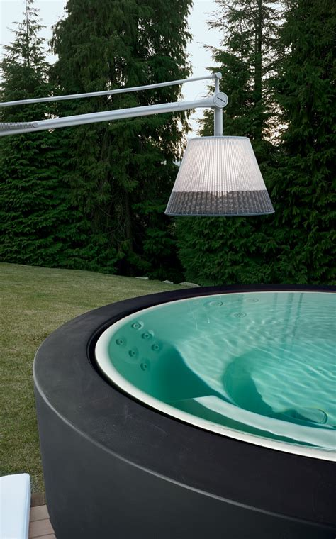 Minipool By Kos Is A Bathtub With Features Of Spa
