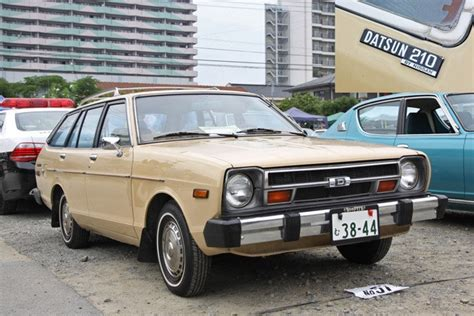 images  cars datsun sunny  bb
