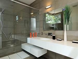 Decorar cuartos de bano modernos pequenos imagenes y fotos for Decorar cuartos de bano modernos