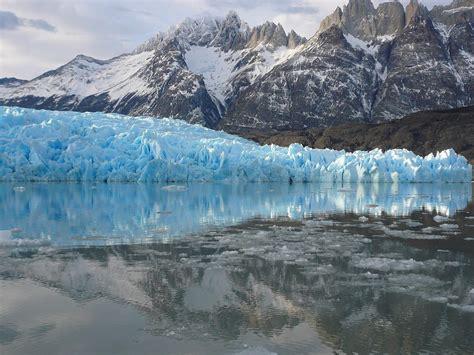 glacier gray grey glacier patagonia placerating