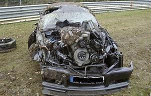 Horror Crash auf der Nordschleife mit einem e36 M3
