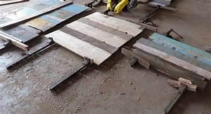 Vintage Möbel Online Shop Günstig : vintage m bel aus massivem recyceltem altholz warten auf weitere verarbeitung massivmoebel24 blog ~ Bigdaddyawards.com Haus und Dekorationen