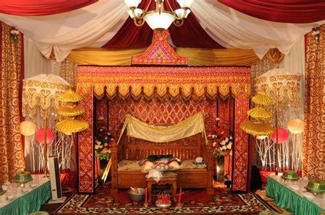 aida decoration exhibition akad nikah adat bugis  rumah