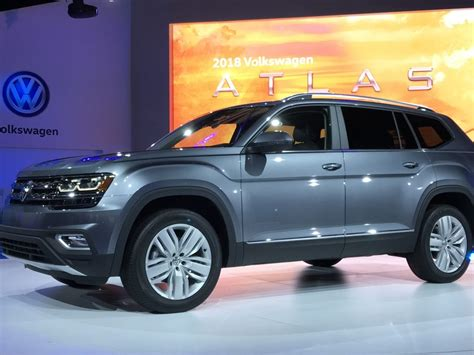 volkswagen suv the 2018 volkswagen atlas the perfect family midsize suv