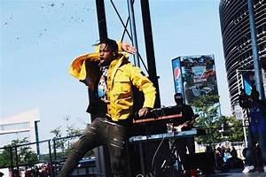 Travis Scott – Hot 97 Summer Jam Performance (Video ...