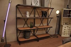 Etagere Bois Design : etagere bois metal ~ Teatrodelosmanantiales.com Idées de Décoration