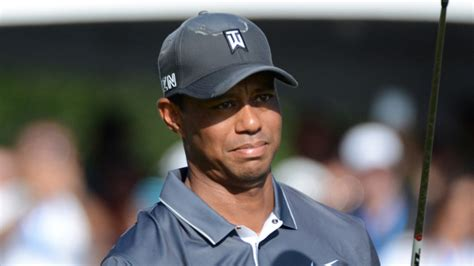 Tiger Woods Announces He's Receiving 'Professional Help ...
