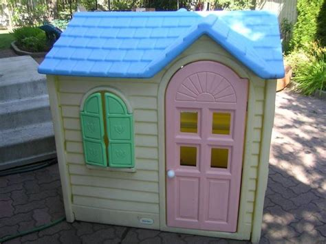Themed Kitchen Ideas - little tikes playhouse product selections for outdoor homesfeed