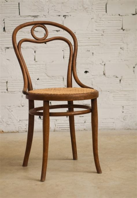 Chaises Bistrot Thonet by Thonet Chairs Vintage Chairs Bistro Chairs Retro