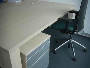 Gebrauchte Büromöbel Köln : kostenlose schreibtische kleinanzeigen ~ Markanthonyermac.com Haus und Dekorationen