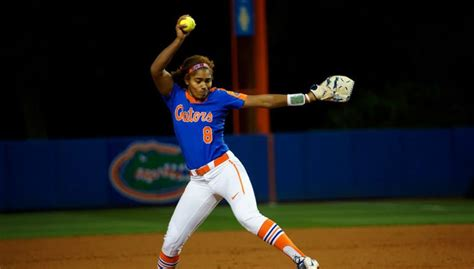 ocasios hitter florida gators softball split fiu
