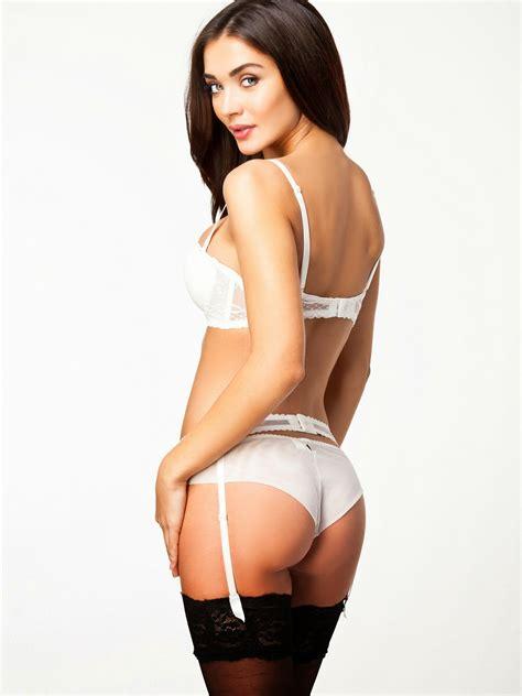 Amy Jackson Latest Bikini Hot Photoshoot HD Photos For