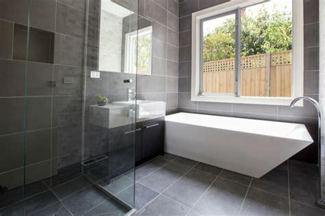Badezimmermöbel Aufpeppen by Bodenbelag Bad Welche M 246 Glichkeiten Stehen Ihnen Zur