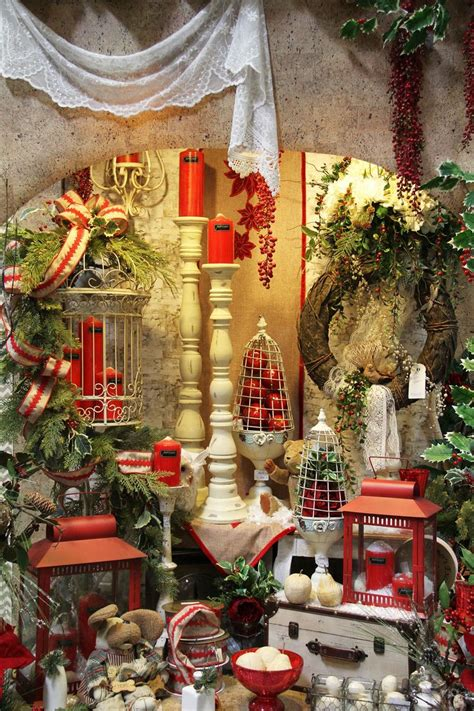 """Looking Forward To Holiday Decorating! """"the Decorator's"""