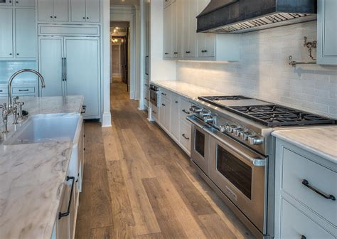 Kitchen Countertop And Backsplash Combinations by Florida Waterfront Home For Sale Home Bunch Interior