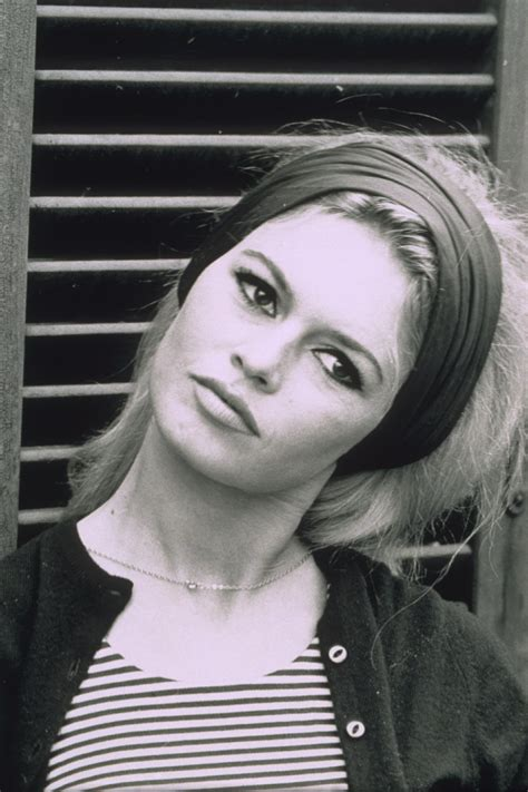 During her career in show business, she starred in 47 films, performed in several musical shows, and. 7 Of The Most Iconic Brigitte Bardot Hairstyles | Brigitte Bardot Hair