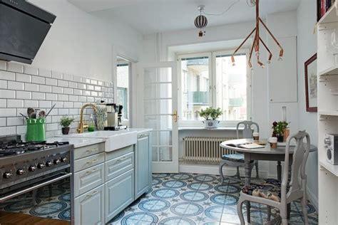Кухня 12 кв м  6 вариантов планировок и 30 фото дизайна