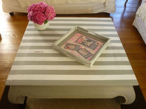 fauteuil de bureau noir table basse relookée avec rayures decor 39 in idées conseils
