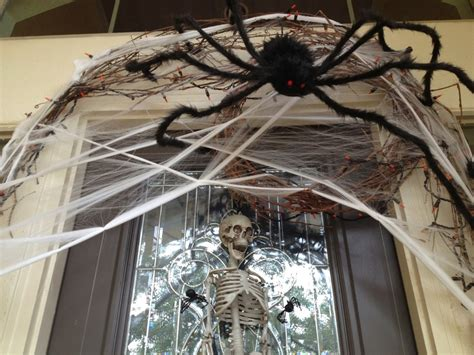 How To Decorate With Spider Web - decorations spiders web to spook up everyone