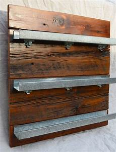 133 best recycling waste wood images on pinterest for What kind of paint to use on kitchen cabinets for wire bird wall art