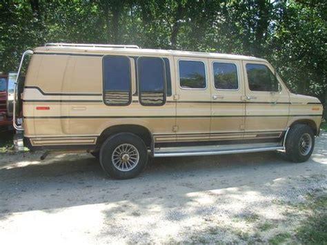 find   ford econoline  super wagon