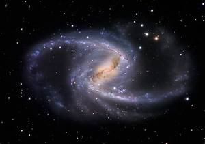 NGC 1365, a huge barred spiral galaxy in Fornax | Anne's ...