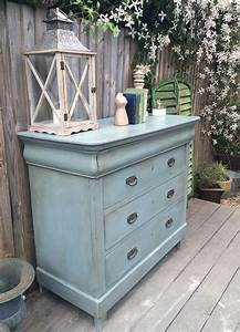 Annie Sloan Wachs : gorgeous vintage chest of drawers annie sloan 39 s duck egg blue with dark wax painted ~ Markanthonyermac.com Haus und Dekorationen