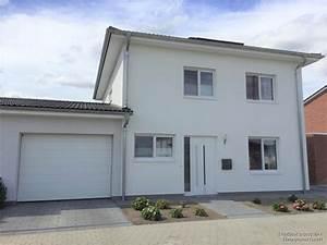 Stadtvilla Mit Garage : stadtvilla baujahr 2015 mit hochwertiger ausstattung und ~ A.2002-acura-tl-radio.info Haus und Dekorationen