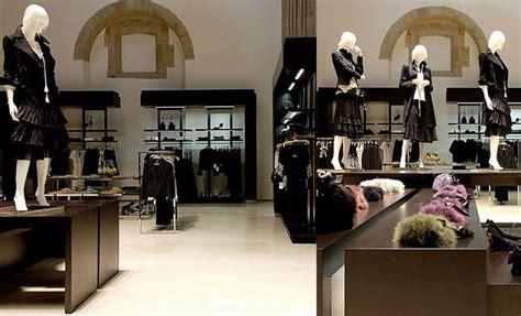 magasin pret a porter homme agencement magasin de pret a porter homme femme dans le var