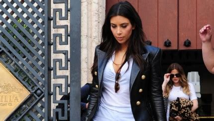 Kim Kardashian, Khloe, Kourtney Leave Versace Mansion In ...