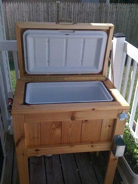 patio coolers with stands 16 reclaimed wood diy project ideas