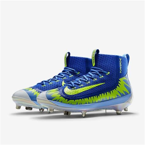 pros wear mlbs   players   cleats