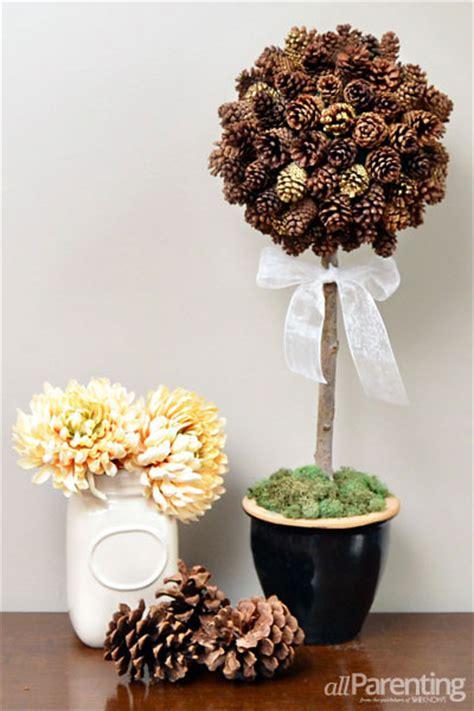 DIY: Make a pretty pine cone topiary