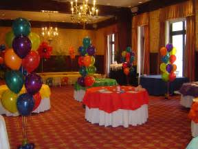 Birthday Room Decoration Ideas by The Party Times Decorate A Cake With Rainbow Colors