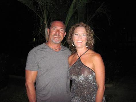 Pin On Swinger Couples