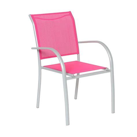 chaises et fauteuils de jardin fauteuil de jardin empilable piazza framboise silver chaise et fauteuil de jardin eminza